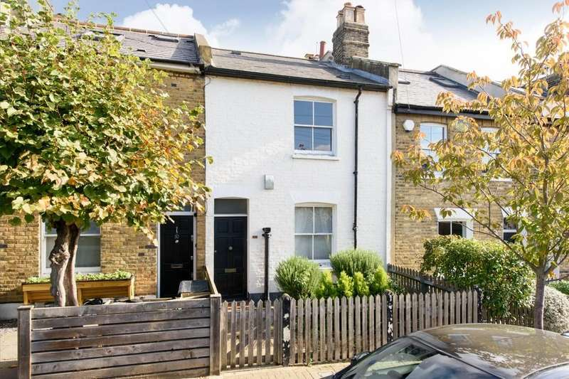 2 Bedrooms Terraced House for sale in Bellamy Street, London SW12