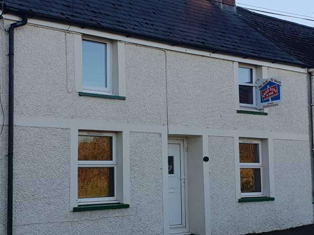 3 Bedrooms Cottage House for sale in Hermon, Glogue, Pembrokeshire
