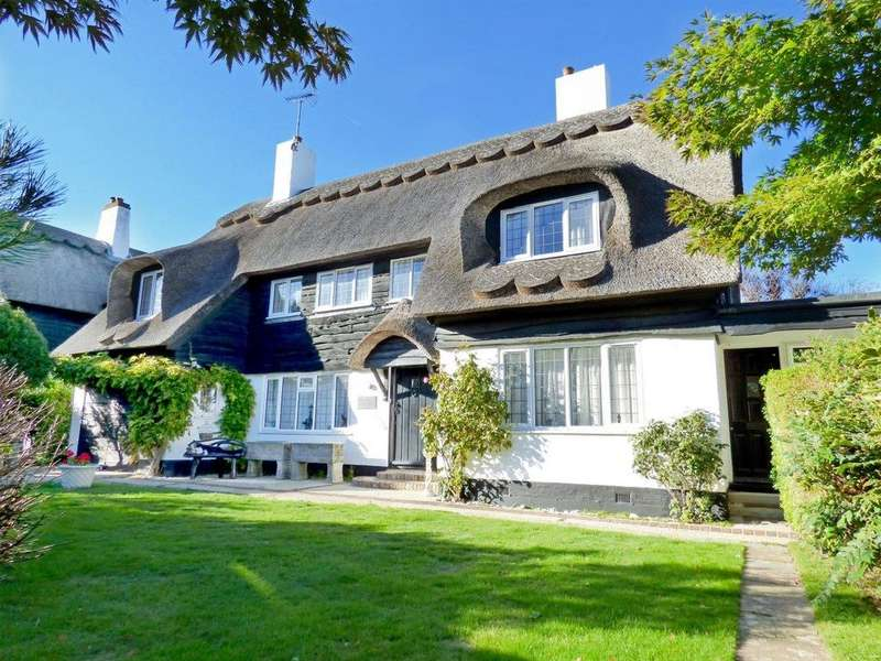 4 Bedrooms Detached House for sale in The Fairway, Aldwick Bay Estate, Aldwick, Bognor Regis PO21