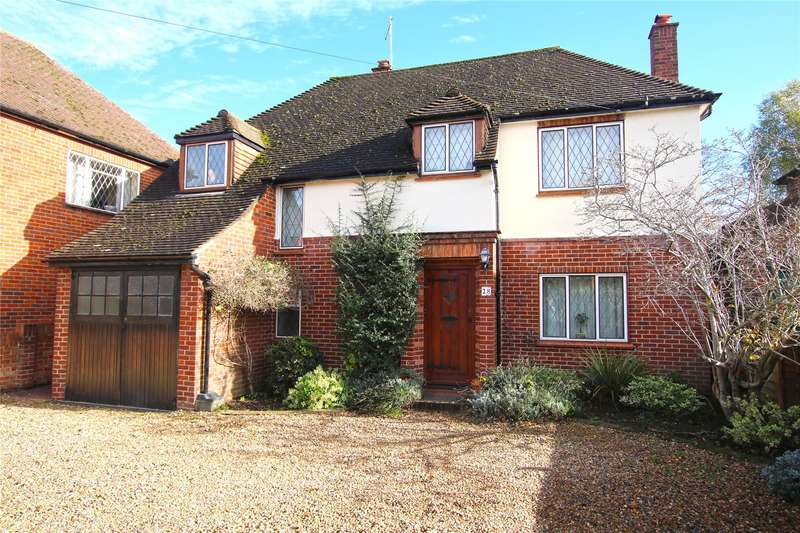 3 Bedrooms Detached House for sale in Queens Avenue, Byfleet, West Byfleet, Surrey, KT14