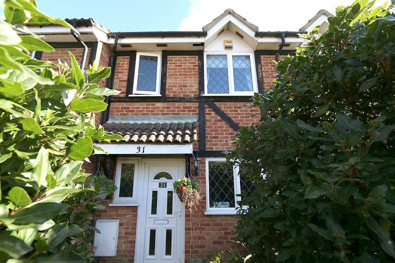 2 Bedrooms Terraced House for sale in Old Fives Court, Burnham, Buckinghamshire, SL1 7ET