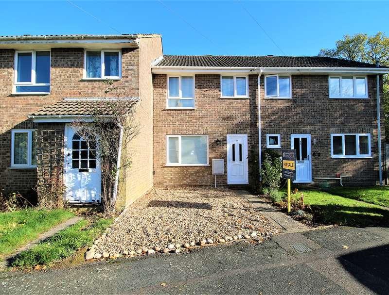 3 Bedrooms Terraced House for sale in Highland Drive, Oakley, Basingstoke, RG23