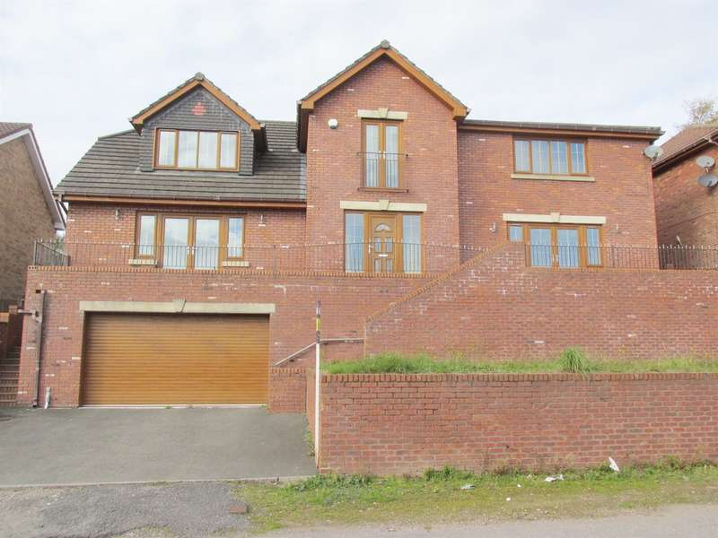 4 Bedrooms Detached House for sale in Springfield Rise, Treharris