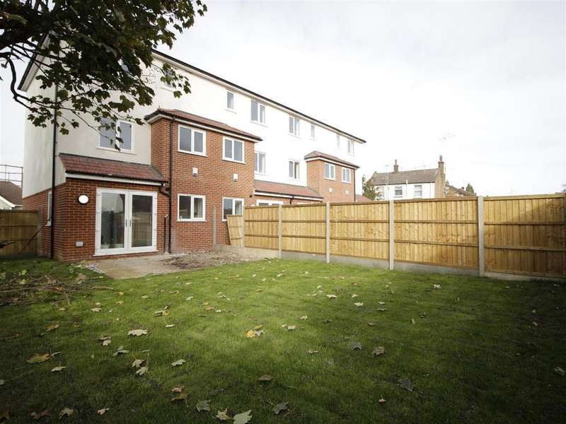 4 Bedrooms Terraced House for sale in Norman Road, Belvedere