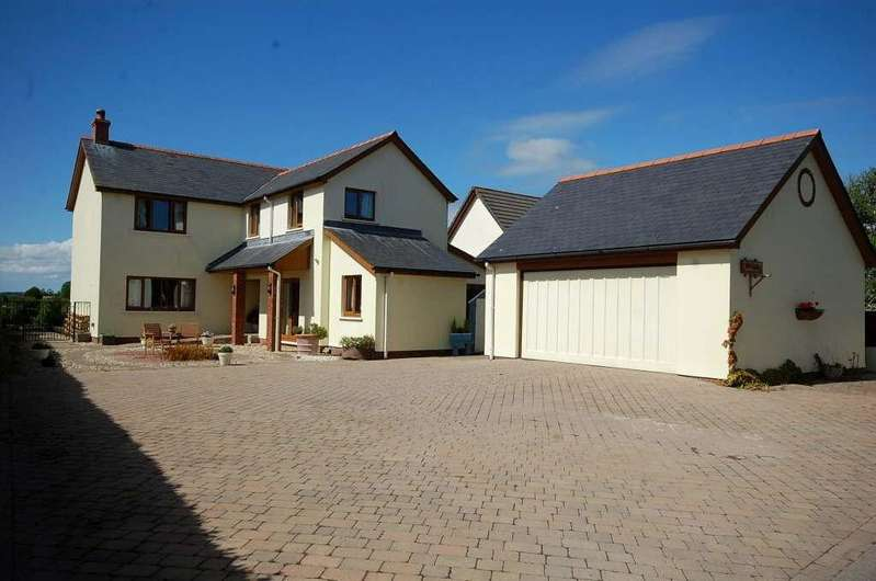 4 Bedrooms Detached House for sale in The Ridings, Cold Inn
