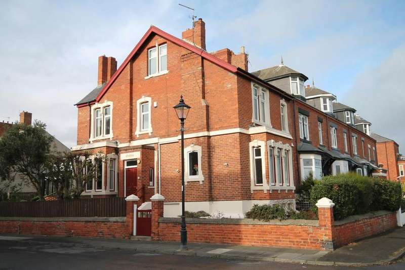 5 Bedrooms End Of Terrace House for sale in Gladstone Street, Headland, Hartlepool