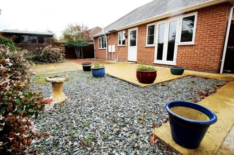 3 Bedrooms Detached Bungalow for sale in Jubilee Close, Stanway, Colchester, Essex, CO3