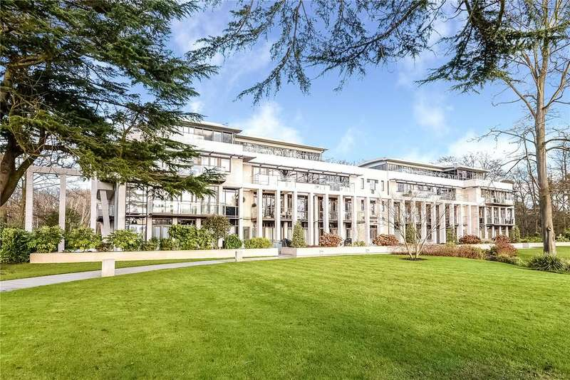 3 Bedrooms Flat for sale in Charters Garden House, Charters Road, Ascot, Berkshire, SL5