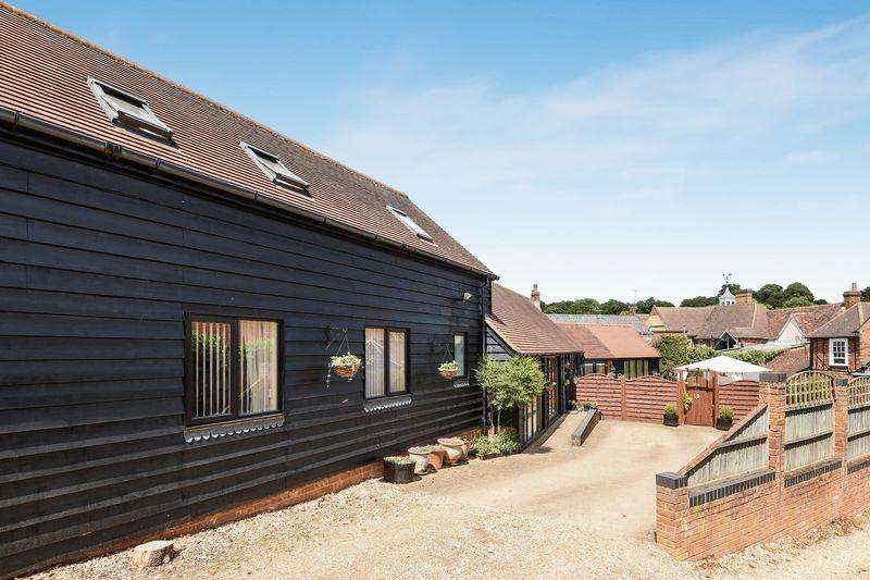 2 Bedrooms Barn Character Property for sale in Dunstable Street, Ampthill