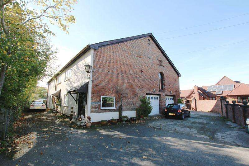 6 Bedrooms Detached House for sale in Longton Hall Barn, Chapel Lane, Longton