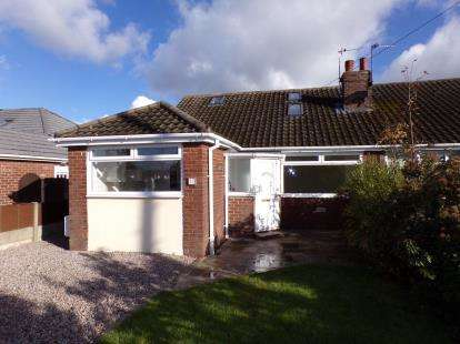 4 Bedrooms Bungalow for sale in St. Johns Avenue, Thornton-Cleveleys, Lancashire, FY5