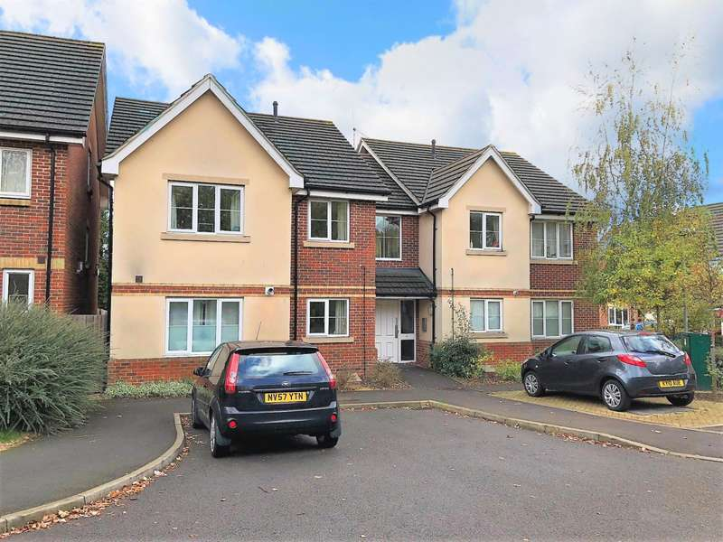 2 Bedrooms Apartment Flat for sale in Ella Garett Close, Reading, RG2