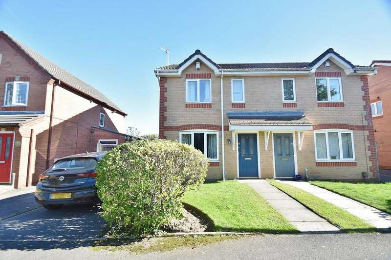 3 Bedrooms Semi Detached House for sale in Hawkridge Drive, Manchester