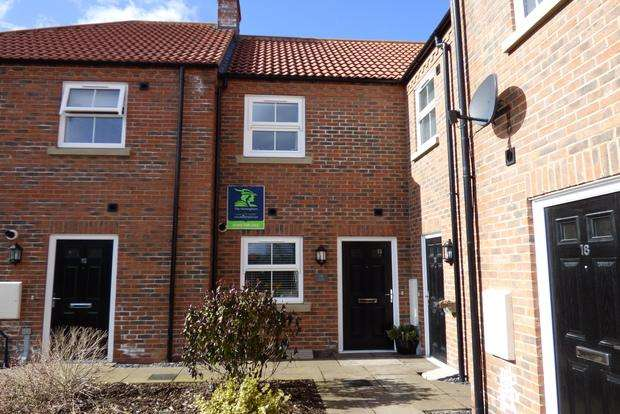 2 Bedrooms Terraced House for sale in Theodore West Way, Louth, LN11