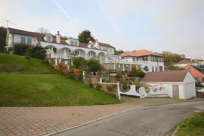 4 Bedrooms Detached House for sale in Flat Cliffs, Primrose Valley, Filey, YO14 9RD