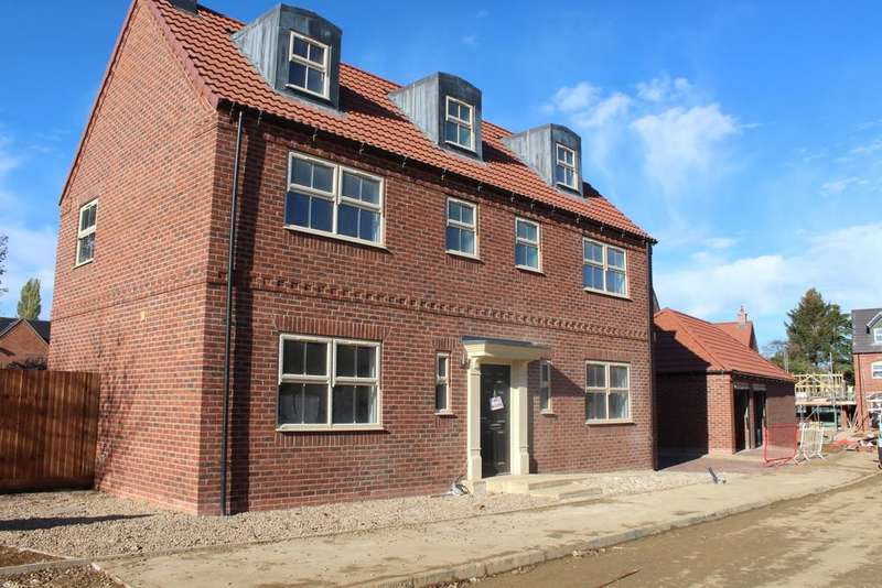 6 Bedrooms Detached House for sale in Hutchinson Road, Newark