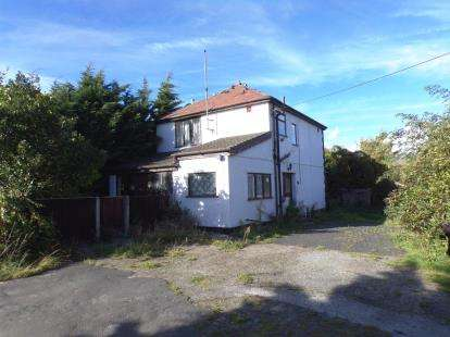 3 Bedrooms Detached House for sale in Vale Road, Rhyl, Denbighshire, LL18