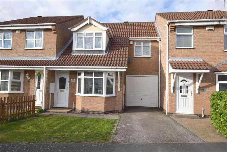3 Bedrooms Town House for sale in Windrush Drive, Hinckley, Leicestershire