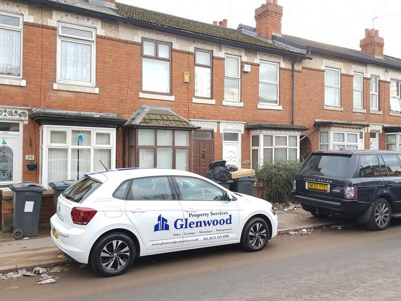 2 Bedrooms Terraced House for sale in Formans Road, Sparkhill, Birmingham B11