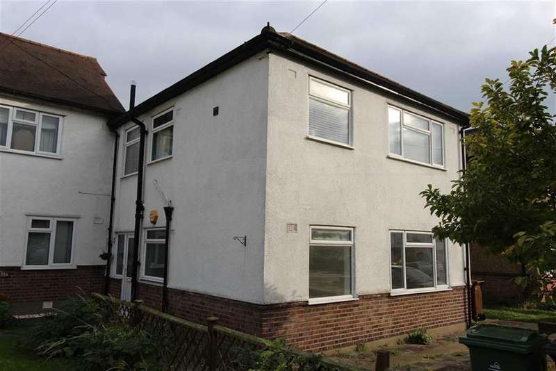 2 Bedrooms Ground Maisonette Flat for sale in Warren Road, North Chingford, London