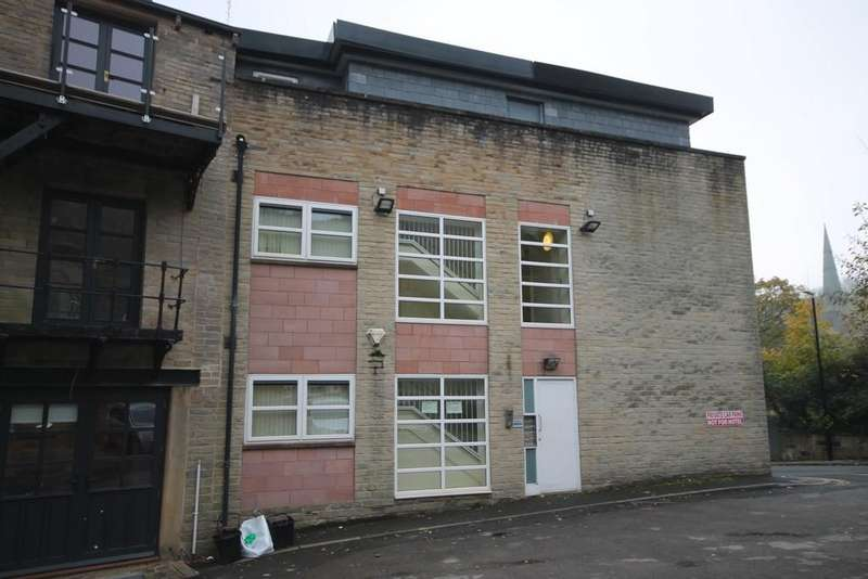 2 Bedrooms Penthouse Flat for sale in Rise Lane, Todmorden