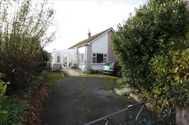 4 Bedrooms Detached Bungalow for sale in Brynteg Estate, Llandegfan