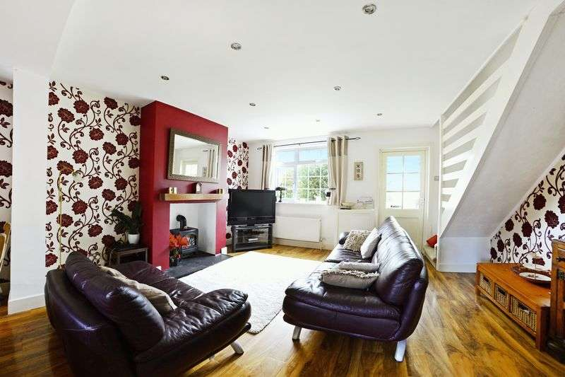 2 Bedrooms Property for sale in Cromwell Place, Bournemouth