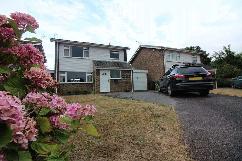 4 Bedrooms Property for sale in Birch Grove, Portishead