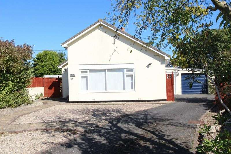 3 Bedrooms Property for sale in Trethiggey Crescent Quintrell Downs, Newquay