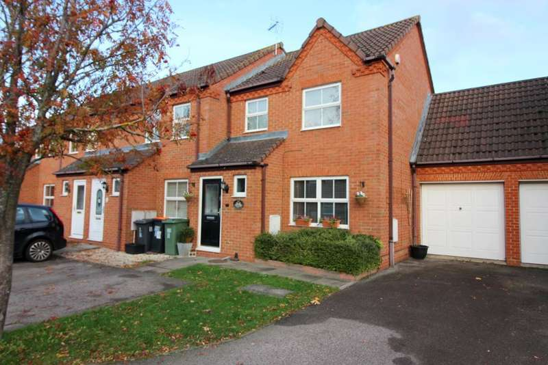 3 Bedrooms End Of Terrace House for sale in Ravensburgh Close, Barton Le Clay, Bedfordshire, MK45 4RG