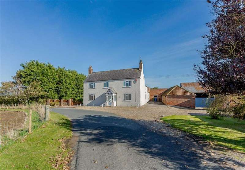 5 Bedrooms Farm House Character Property for sale in Bewholme, East Yorkshire
