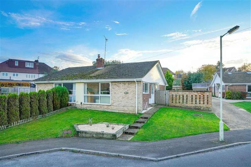 2 Bedrooms Semi Detached Bungalow for sale in Harpenden Rise, Harpenden, Hertfordshire