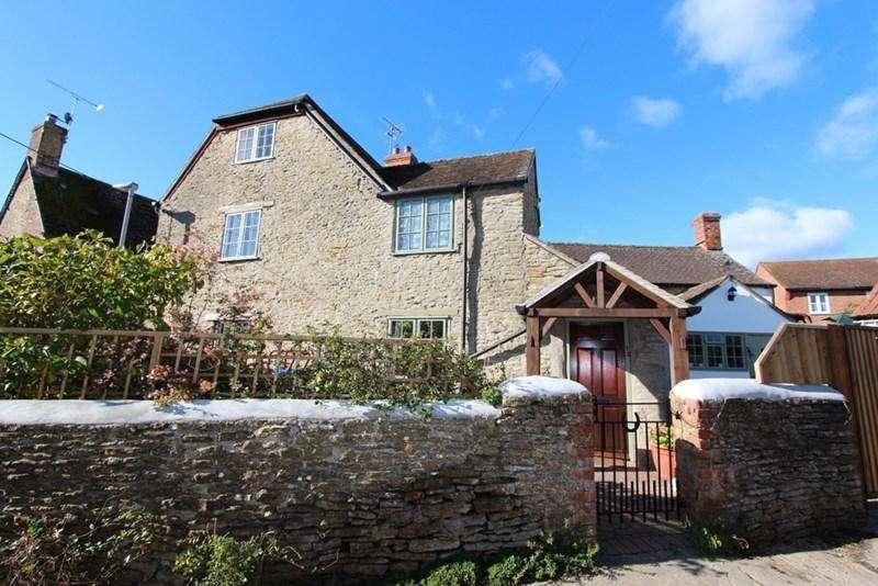 3 Bedrooms Detached House for sale in Stalbridge, Dorset