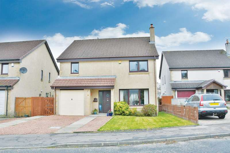 4 Bedrooms Detached House for sale in 21 Station Rise, Lochwinnoch, PA12 4NA