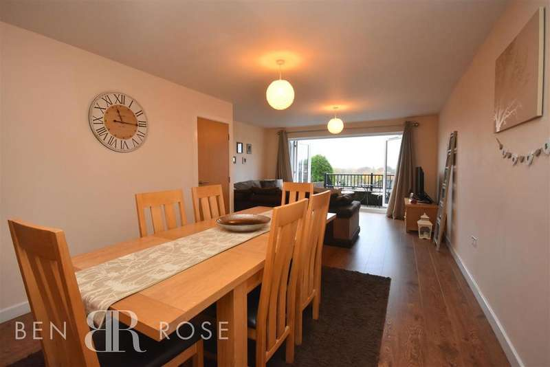 4 Bedrooms Semi Detached House for sale in Parliament Street, Upholland, Skelmersdale
