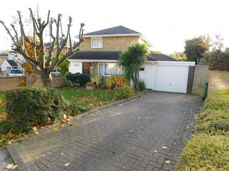 3 Bedrooms Detached House for sale in The Knares, Basildon, SS16 5SF