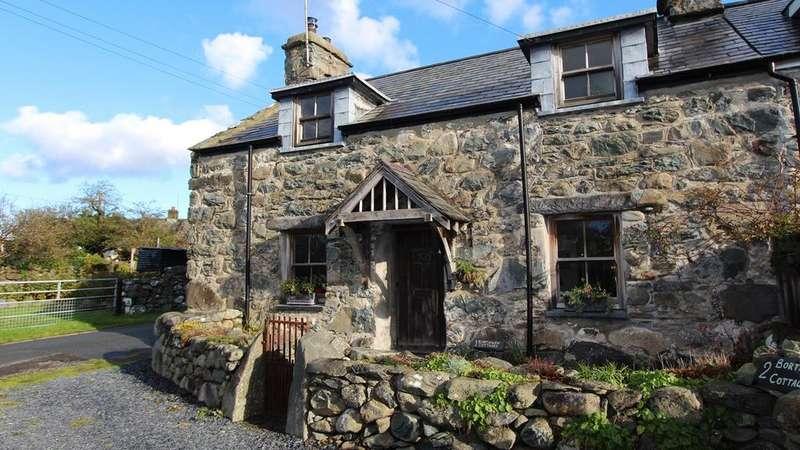4 Bedrooms Semi Detached House for sale in Dyffryn Ardudwy, LL44