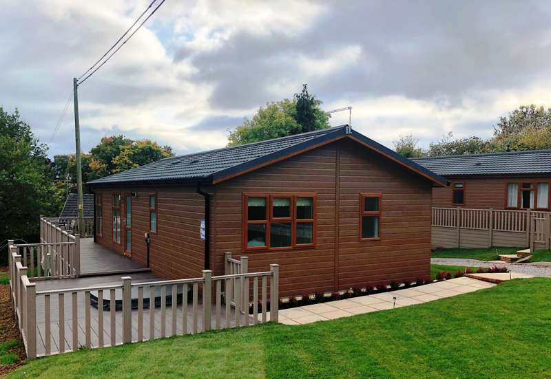 2 Bedrooms Lodge Character Property for sale in Sapey Golf and Country Club, Worcester