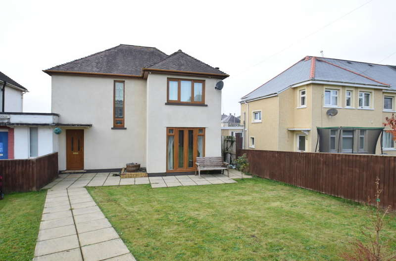 2 Bedrooms Detached House for sale in 4 Brynteg Avenue, Pyle, Bridgend, Bridgend County Borough, CF33 6BB
