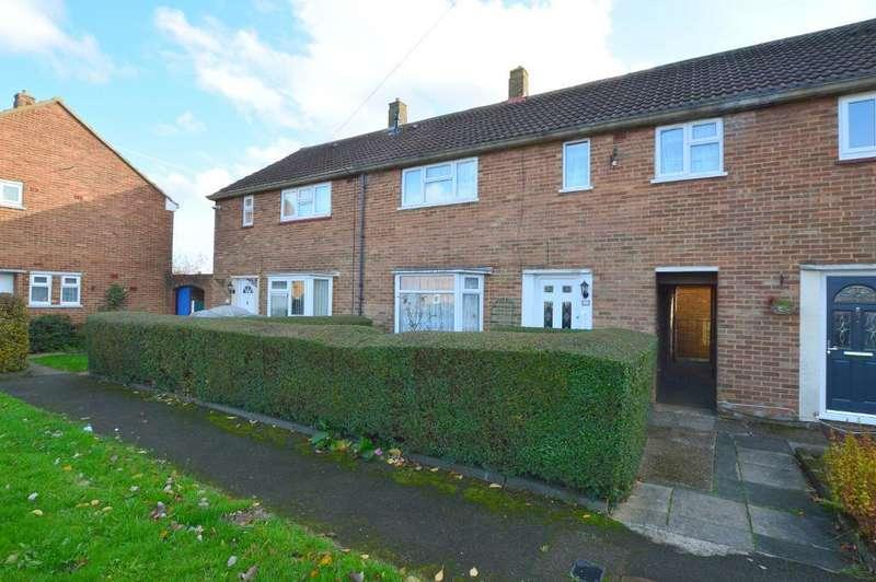 3 Bedrooms Terraced House for sale in Littlefield Road, Stopsley, Luton, LU2 9BU