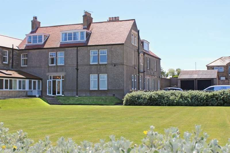 2 Bedrooms Flat for sale in St. Aidans, Seahouses, NE68