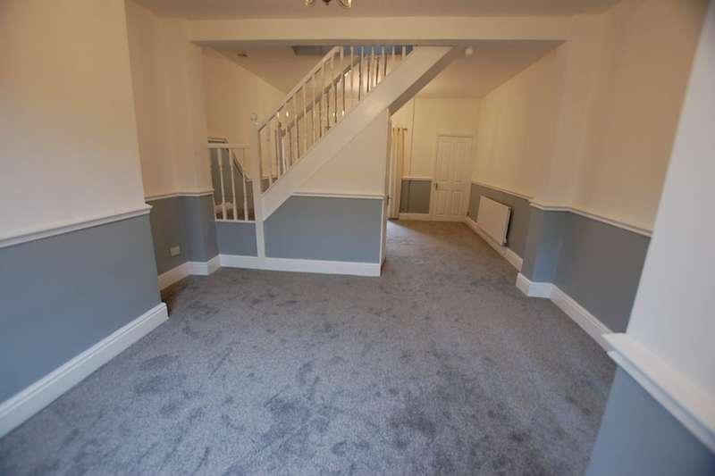 2 Bedrooms Terraced House for sale in Oldham Road, Ashton-Under-Lyne, OL7