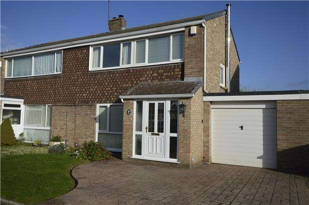 3 Bedrooms Semi Detached House for sale in Friary Grange Park, Winterbourne, BRISTOL, BS36 1ND