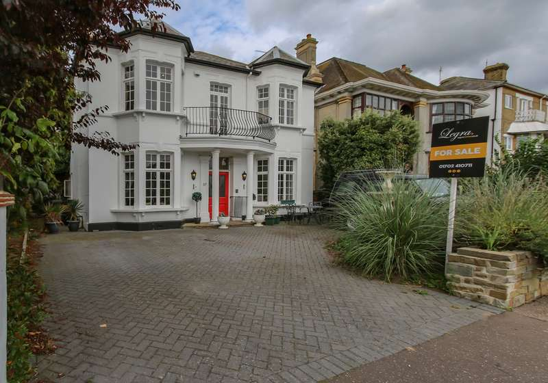 6 Bedrooms Detached House for sale in Clifftown Parade, Southend-on-Sea, SS1