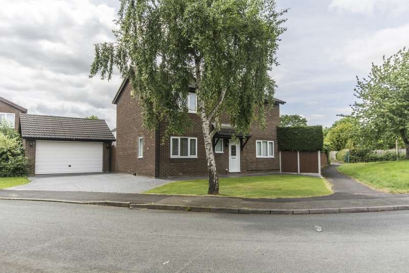 4 Bedrooms Detached House for sale in Mallory Walk, Doddleston, Cheshire, CH4