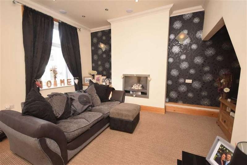 2 Bedrooms Terraced House for sale in York Street, Colne, Lancashire