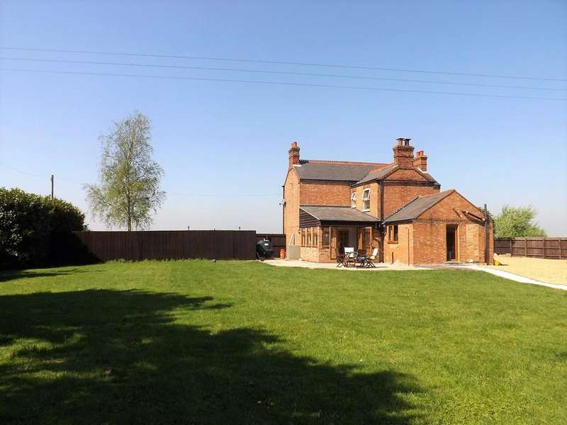 3 Bedrooms Detached House for sale in Long Drove, Murrow