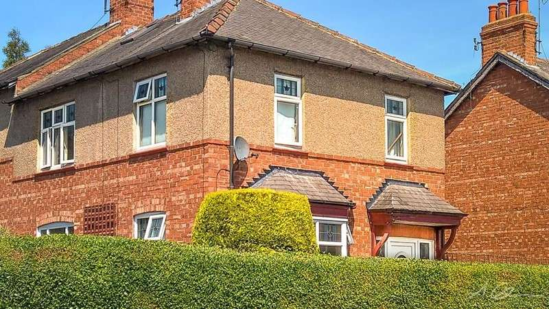 3 Bedrooms Property for sale in Willow Road, Darlington, Durham, DL3 9HW