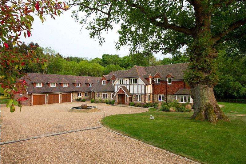 6 Bedrooms Detached House for sale in Fernhurst, Haslemere, Surrey, GU27