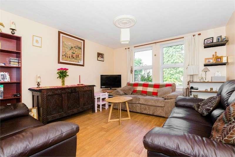 2 Bedrooms Flat for sale in Bellsfield Court, Bell Lane, Eton Wick, Berkshire